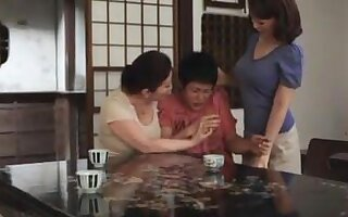 Lustful Japanese wife joins the bracket