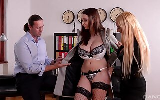 Dynamic orgasms for these classy office MILFs during a wild trio