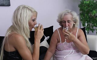 Dirty granny enjoys getting the brush pussy and arse licked by a teen