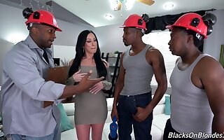 Bitch gets blacked in merciless scenes for gangbang sex