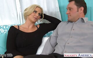 Sex-insane milf with obese tits Phoenix Marie seduces married neighbor