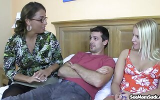 Older lady Stacie Starr gives some great insight into someone's skin perfect BJ