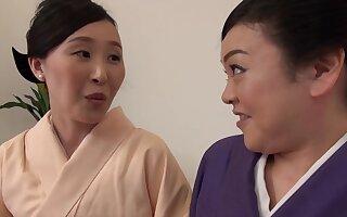 Passionate pussy licking between Uekawa Haruko added to her friend