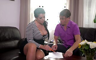 Mesmerizing the man black-hearted MILF Anissa Jolie is fond of great doggy